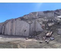 استخراج و بهره برداری از معدن سنگ مرمریت بادمجانی